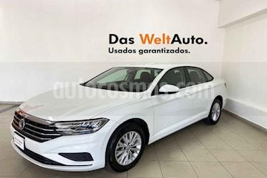 Volkswagen Jetta 4p Comfortline L4/1.4/T Man usado (2019) color Blanco precio $287,154