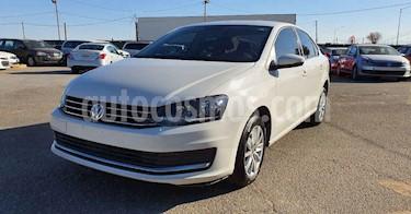 Volkswagen Jetta 4p Comfortline L4/1.4/T Aut usado (2019) color Blanco precio $169,900