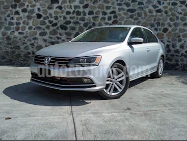 Volkswagen Jetta Sportline usado (2015) color Plata precio $205,000