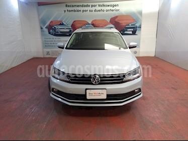 Volkswagen Jetta Comfortline Tiptronic usado (2018) color Plata precio $243,000