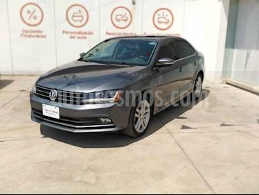 Volkswagen Jetta 4p Sportline L5/2.5 Aut usado (2018) color Gris precio $286,000