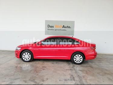 Volkswagen Jetta Trendline usado (2019) color Rojo Tornado precio $290,000