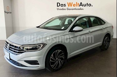 Volkswagen Jetta 4p Highline L4/1.4/T Aut usado (2019) color Blanco precio $379,000