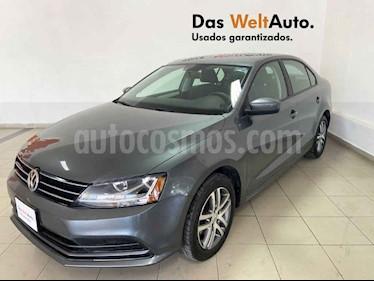 Volkswagen Jetta 4p Trendline L5/2.5 Aut usado (2018) color Gris precio $235,991
