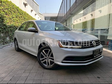 Volkswagen Jetta Trendline usado (2017) color Blanco precio $220,000