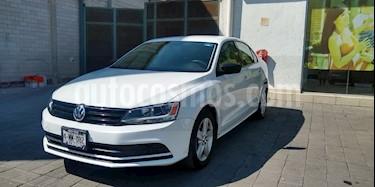 Volkswagen Jetta 2.0 usado (2016) color Blanco precio $175,000