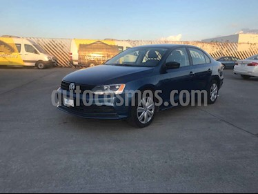 Volkswagen Jetta 4p Comfortline L5/2.5 Aut usado (2018) color Azul precio $189,900