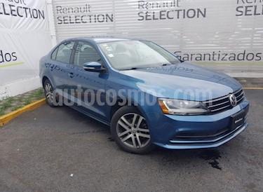 Volkswagen Jetta Trendline usado (2017) color Azul precio $190,000