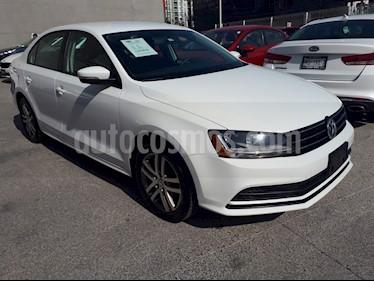 Foto Volkswagen Jetta Trendline Tiptronic usado (2017) color Blanco precio $235,000