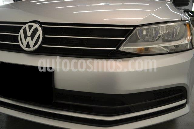 Volkswagen Jetta Trendline usado (2017) color Gris Platino precio $80,000