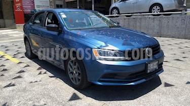 Volkswagen Jetta 4P 2.0L 115HP AT R-16 usado (2018) color Azul precio $210,000
