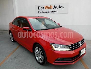 Foto Volkswagen Jetta Sport Tiptronic usado (2018) color Rojo precio $295,000