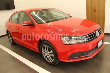 Volkswagen Jetta 4p Trendline L5/2.5 Aut usado (2017) color Rojo precio $229,000