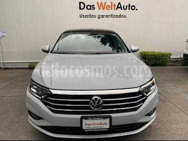 Volkswagen Jetta Highline usado (2019) color Plata Metalizado precio $374,900