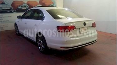 Volkswagen Jetta 2.0 usado (2016) color Blanco precio $318,000