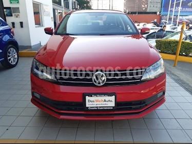 Volkswagen Jetta Comfortline usado (2018) color Rojo precio $259,900