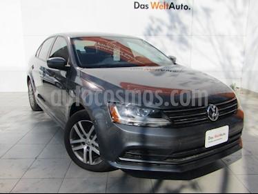 Volkswagen Jetta Trendline Tiptronic usado (2018) color Gris Platino precio $259,000