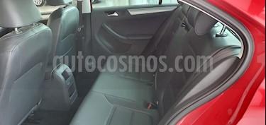Volkswagen Jetta Sportline 1.8 T Tiptronic Piel usado (2018) color Rojo precio $299,000
