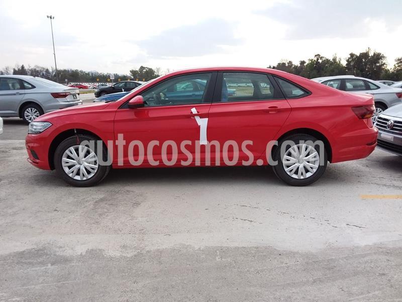 Foto Volkswagen Jetta Trendline usado (2020) color Rojo precio $309,950