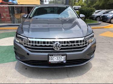 Volkswagen Jetta 4p Comfortline L4/1.4/T Aut usado (2019) color Gris precio $314,990