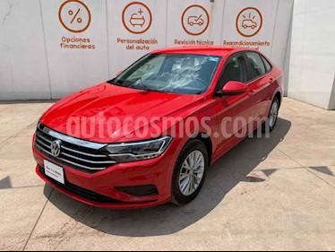 Volkswagen Jetta 4p Comfortline L4/1.4/T Aut usado (2019) color Rojo precio $317,000