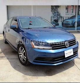 Volkswagen Jetta Trendline Tiptronic usado (2018) color Azul precio $264,990