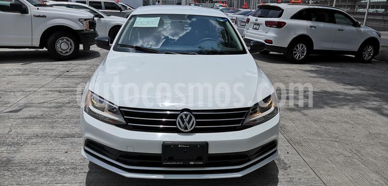 Volkswagen Jetta 2.0 Tiptronic usado (2018) color Blanco precio $200,000