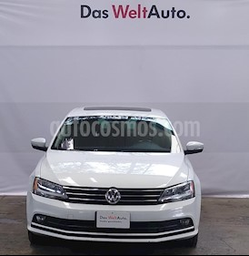 Volkswagen Jetta Sport Tiptronic usado (2016) color Blanco precio $230,000