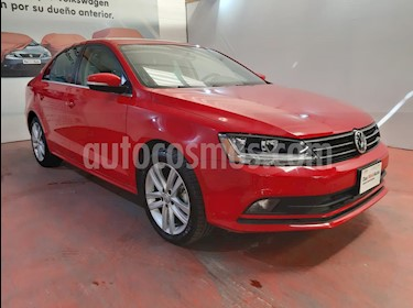 Volkswagen Jetta Sportline Tiptronic usado (2018) color Rojo Tornado precio $280,000