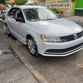 Volkswagen Jetta 2.0 usado (2018) color Plata Reflex precio $156,500