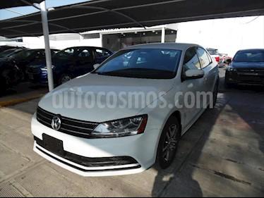 Volkswagen Jetta TRENDLINE TIP usado (2018) color Blanco precio $299,900