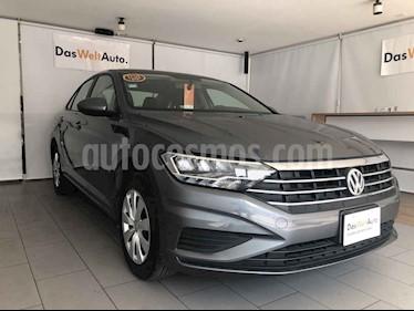 Volkswagen Jetta 4p Trendline L4/1.4/T Aut usado (2019) color Gris precio $278,000
