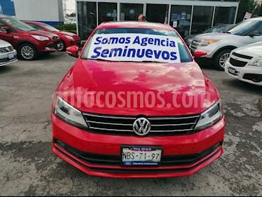 Volkswagen Jetta Comfortline usado (2016) color Rojo precio $189,000