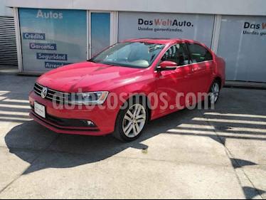 foto Volkswagen Jetta 4p Sportline L5/2.5 Aut usado (2016) color Rojo precio $230,000