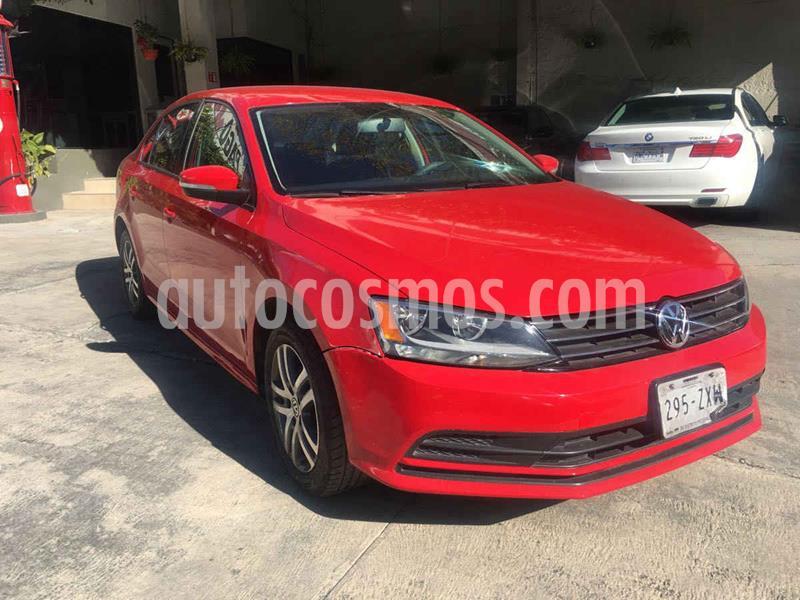 Volkswagen Jetta Comfortline usado (2015) color Rojo precio $175,000