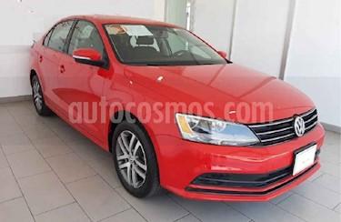 Volkswagen Jetta 4p Trendline L5/2.5 Man usado (2015) color Rojo precio $173,000