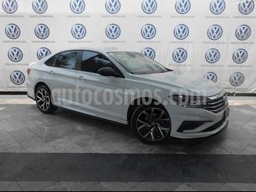 Volkswagen Jetta Comfortline Tiptronic usado (2019) color Blanco precio $324,000