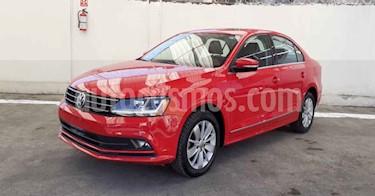 Volkswagen Jetta 4p Trendline L5/2.5 Aut usado (2018) color Rojo precio $208,900