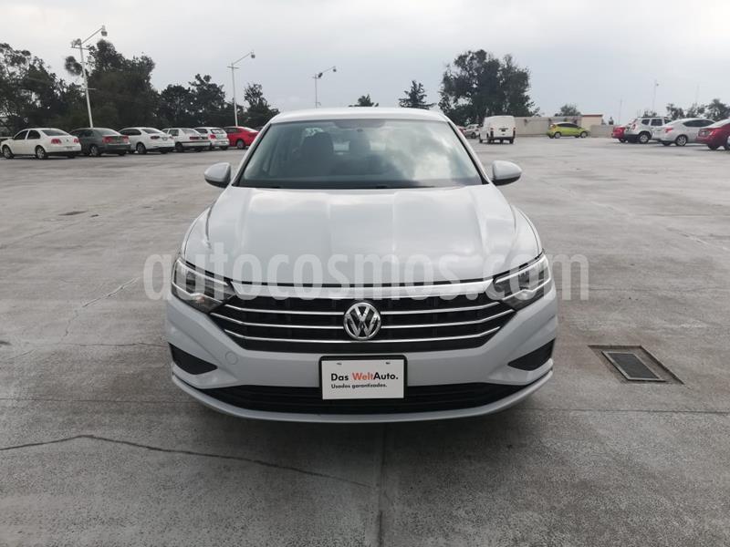 Volkswagen Jetta Comfortline usado (2019) color Plata precio $285,001