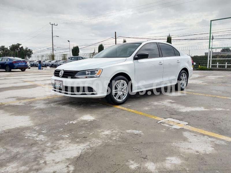 Volkswagen Jetta 2.0 usado (2017) color Blanco precio $184,000