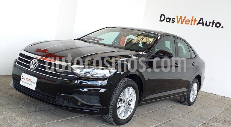 Volkswagen Jetta Comfortline usado (2019) color Negro precio $285,000