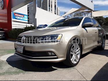Volkswagen Jetta Sport Tiptronic usado (2015) color Plata precio $208,000