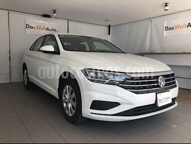Volkswagen Jetta 4p Trendline L4/1.4/T Aut usado (2019) color Blanco precio $290,000