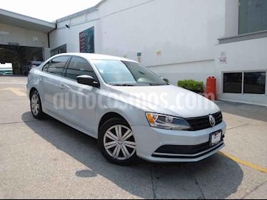 Volkswagen Jetta 4p L4/2.0 Man usado (2017) color Blanco precio $175,000