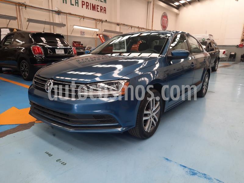 Volkswagen Jetta Trendline Tiptronic usado (2018) color Azul Acero precio $240,000