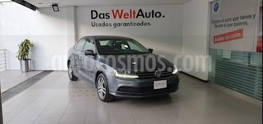 Volkswagen Jetta Trendline usado (2018) color Gris Platino precio $229,000