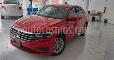 Volkswagen Jetta 4p Comfortline L4/1.4/T Aut usado (2019) color Rojo precio $249,800