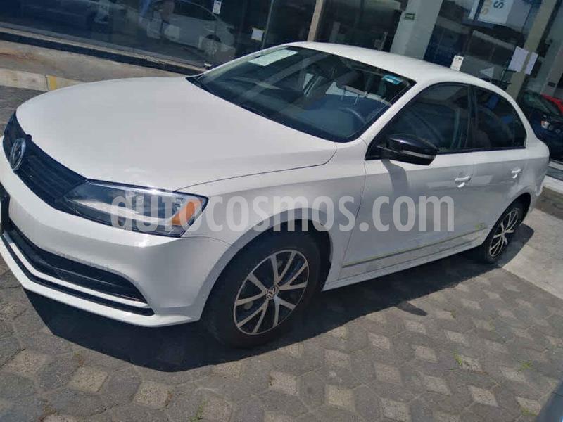 Volkswagen Jetta Fest usado (2017) color Blanco precio $240,000