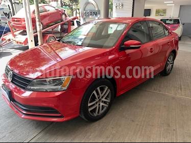 Volkswagen Jetta Trendline 2.0 Aut usado (2015) color Rojo precio $185,000