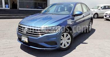 Volkswagen Jetta 4p Trendline L4/1.4/T Aut usado (2019) color Azul precio $244,900